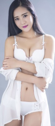 NEW YOUNG JAPANESE Laura 20