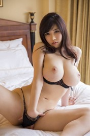 600 AED Asian ladies +971504231710